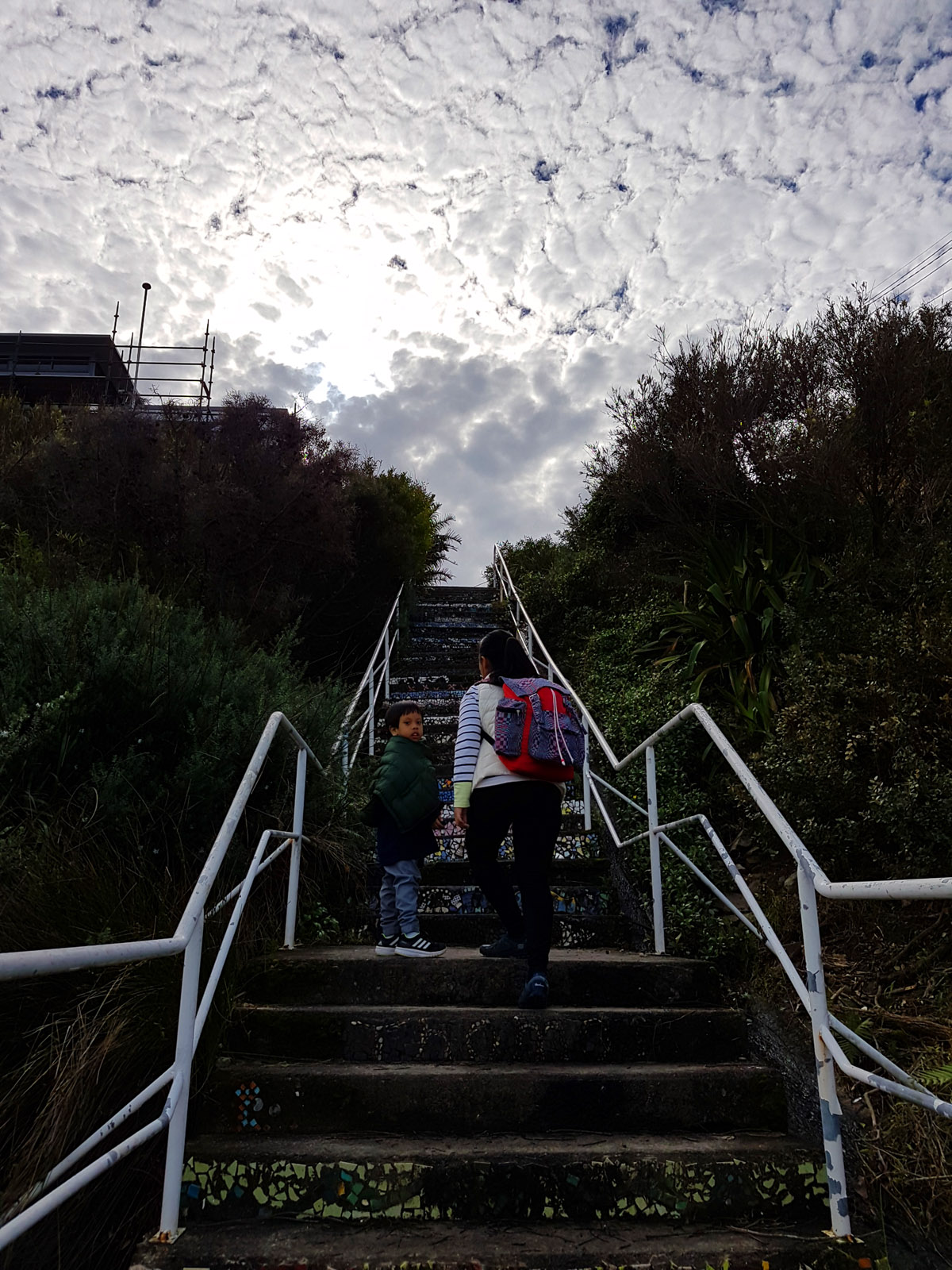 SGMT Australia Sydney_Bondi to Coogee Coastal Walk_11 Clouds and colorful stairs