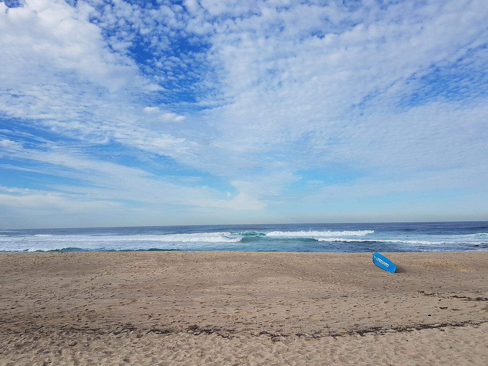 SGMT Australia Sydney_Bondi to Coogee Coastal Walk_20 Bronte Beach Surf Board